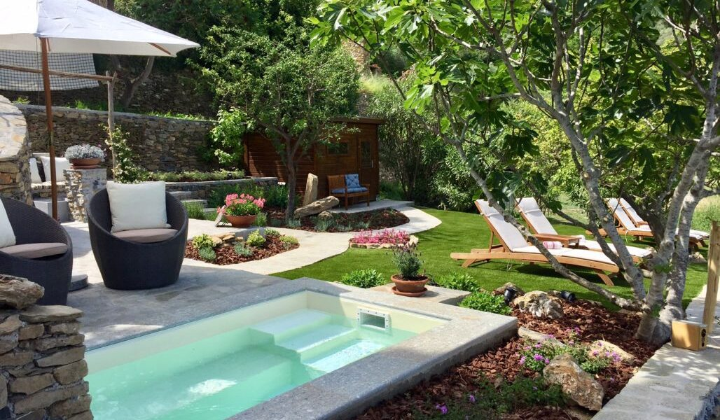 OUR WELLNESS AREA WITH PLUNGE POOL, FOOTBATHS, GROTTO SHOWER, FINNISH SAUNA, LOUNGE CHAIRS